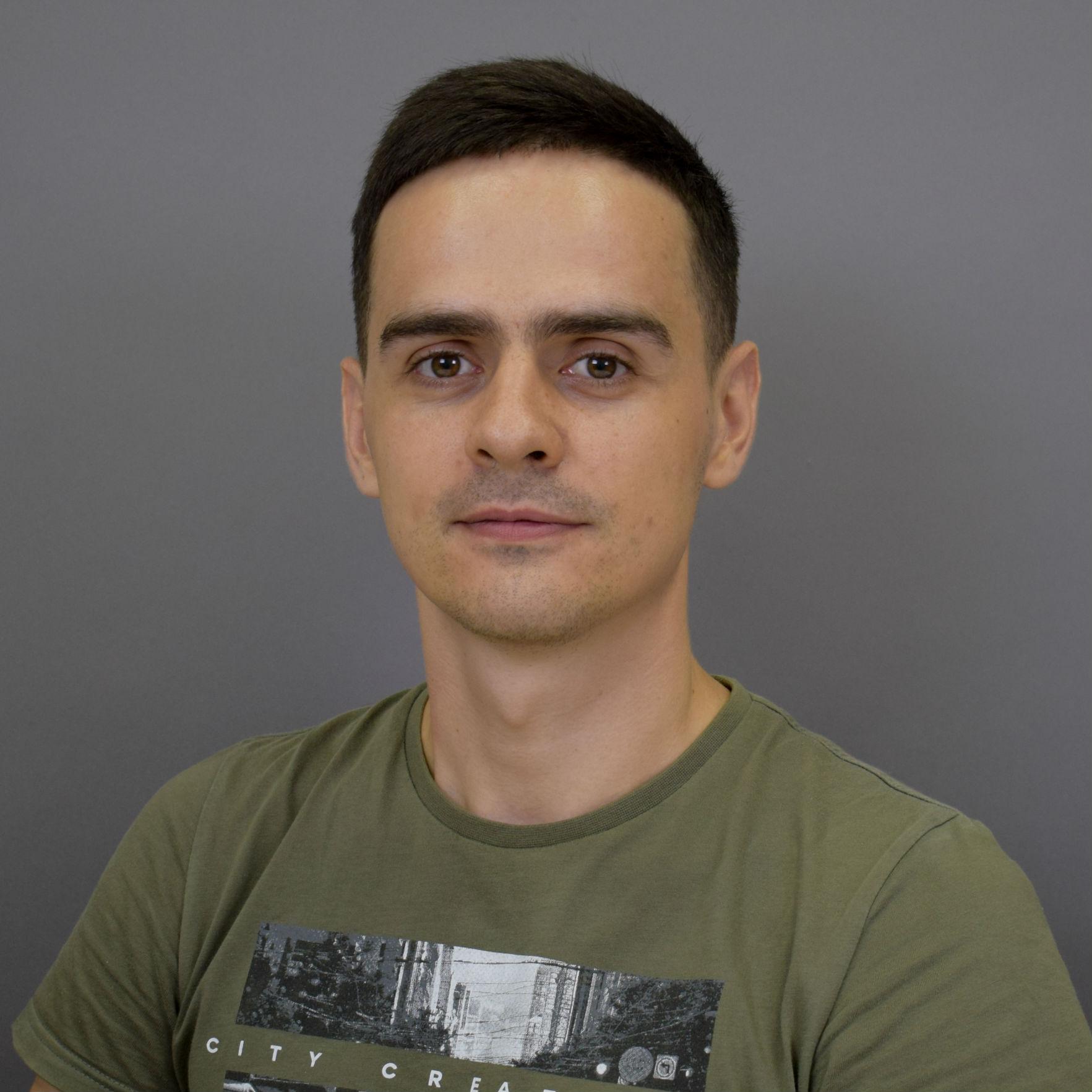 Олег Безбородов